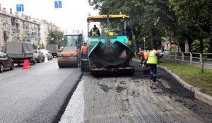На улице Энгельса в Челябинске дорожники уложат 40 тыс. кв. метров асфальта