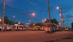 Отсутствие охраны троллейбусов на конечной остановке