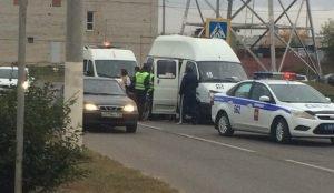 В Магнитогорске под колеса маршрутки попал 14-летний школьник