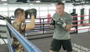 Денис Лебедев готовится к бою