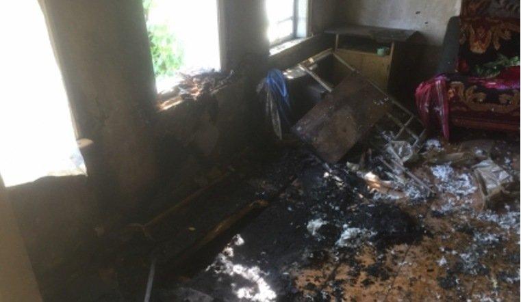 Два человека погибли при пожаре в поселке на Южном Урале