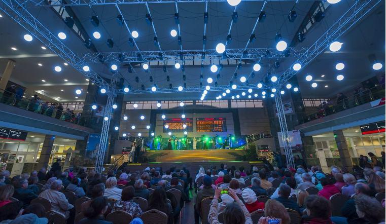 Челябинские джазмены устроили грандиозный концерт на вокзале