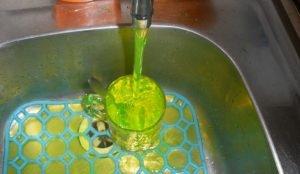 Вода в кранах челябинцев станет зеленой