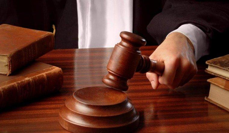 За избиение соседа адвокат получил условный срок