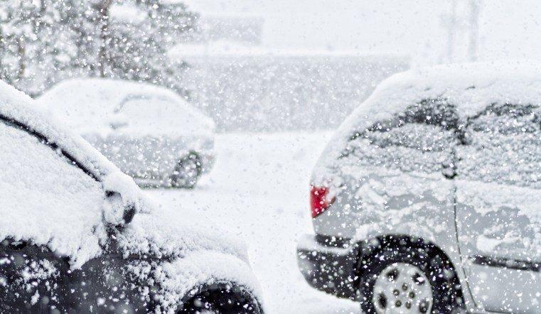 На Южном Урале - снова снег, метели и гололедица