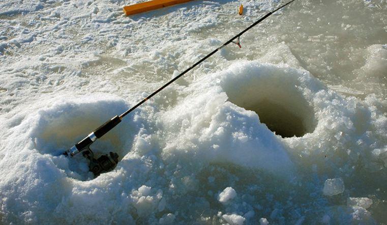 В Челябинске из Озера Смолино достали тело утопленника