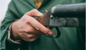 Школьник на Урале застрелил друга