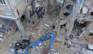Власти пообещали не переселять насильно жильцов полуразрушенного дома в Магнитогорске