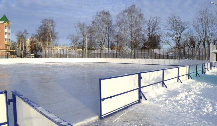 """Спортивные """"заморозки"""". Детская хоккейная команда в Челябинске осталась без раздевалки"""