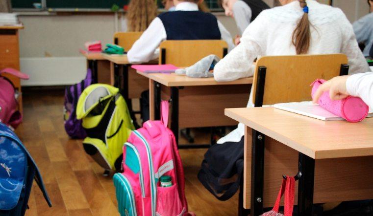 В школах Челябинска возобновились занятия