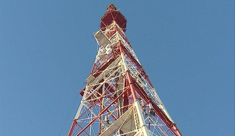 Работы на 200-метровой высоте. Челябинская телебашня заиграет новыми красками