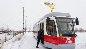 в Магнитогорске сократили 53 трамвайных рейса