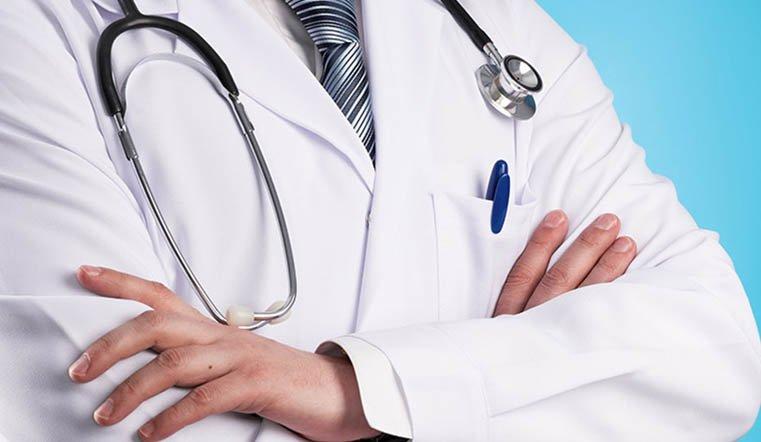 100 врачей. Губернатор Алексей Текслер утвердил премию для борцов с COVID-19