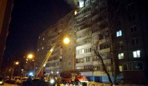 В Челябинске мужчина выпрыгнул с балкона 9-го этажа