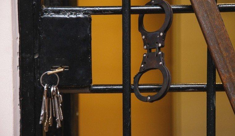 3 года строго режима и 37,5 млн штрафа. Экс-мэра Челябинска Тефтелева отправили в тюрьму