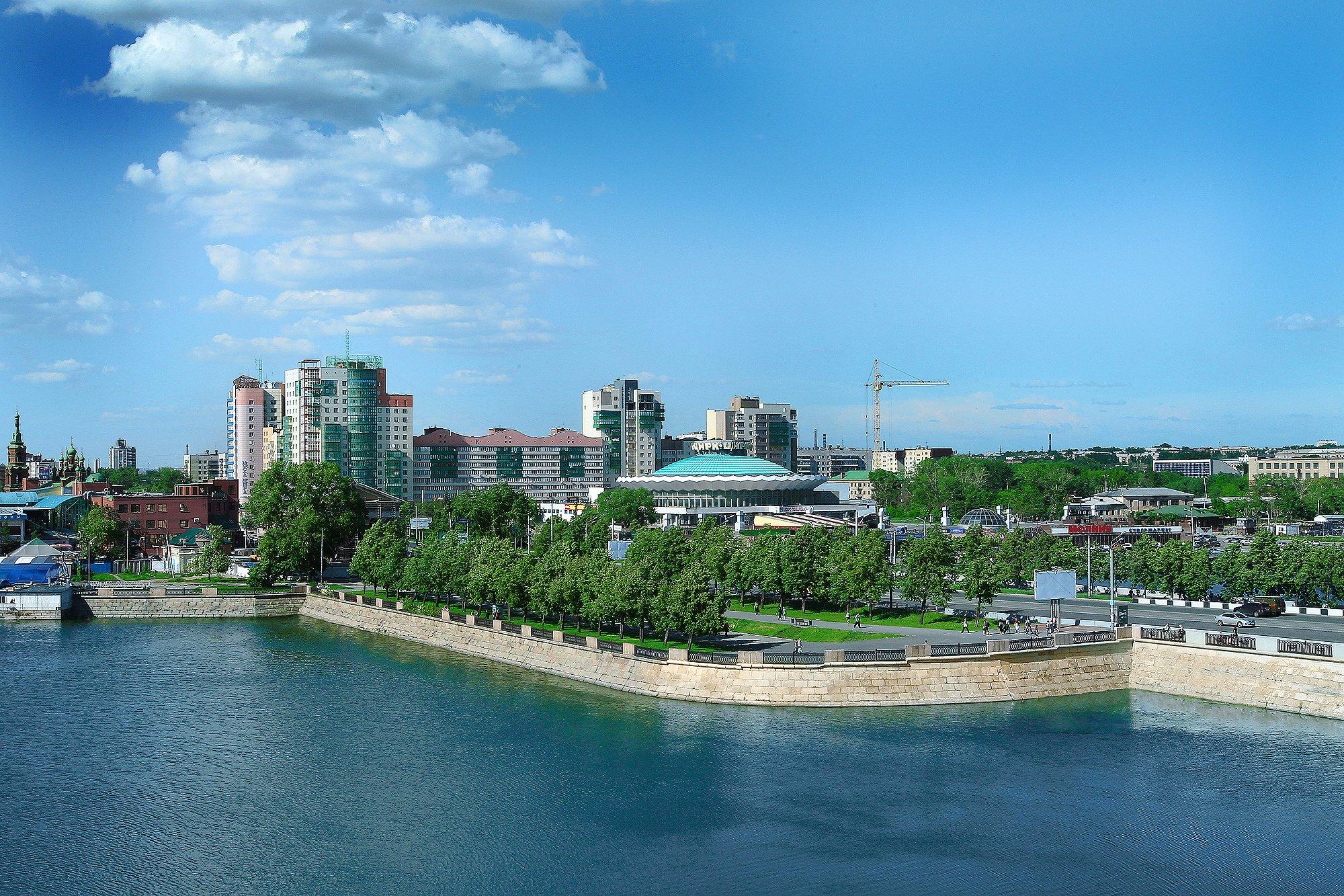 Ключи от домофона в Челябинске заменили проездные дляобщественного транспорта