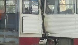Лобовая авария с трамваями в Челябинске