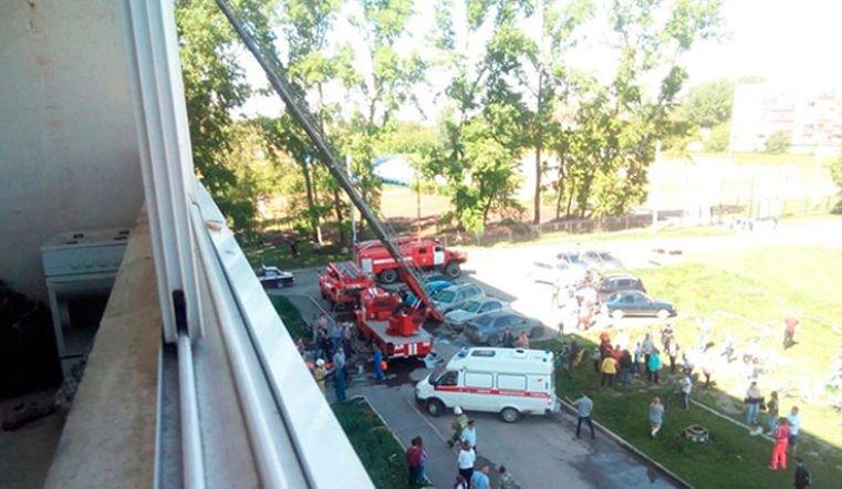 Четверо детей и пенсионер стали жертвами пожара на Урале