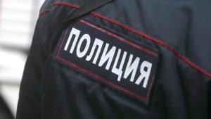 Мужчина в полицейской форме сбил двоих челябинцев