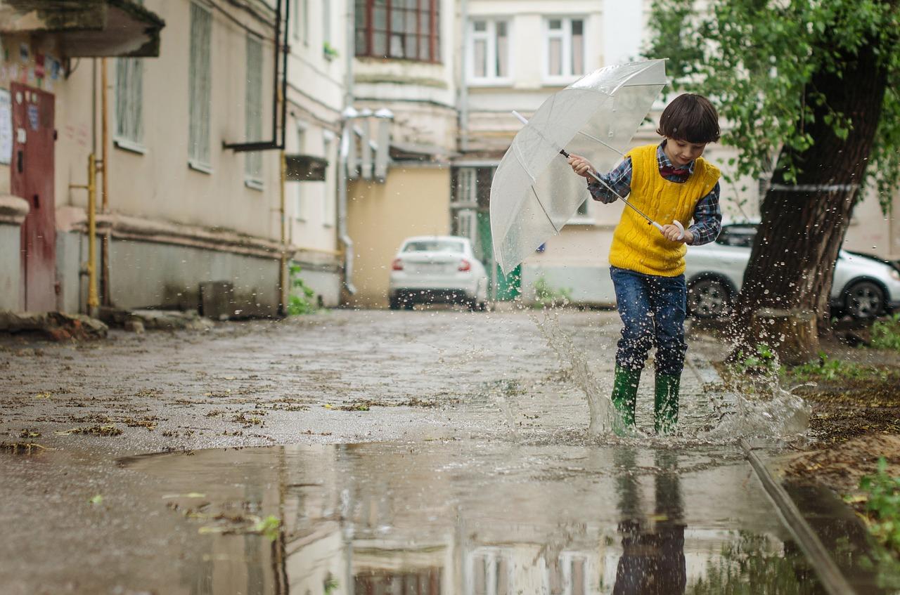 Зарядили дожди? Синоптики рассказали, сколько продлится непогода в Челябинской области