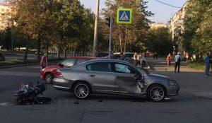 Мотоциклист разбился на перекрестке в Металлургическом районе Челябинска