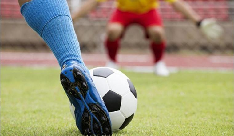 Манеж, поля и новые секции. В Челябинской области запустят программу по развитию футбола