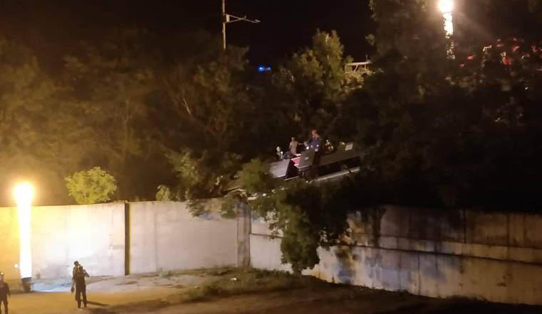 Вылетели в обрыв. Трое челябинцев погибли в ДТП под Новороссийском ВИДЕО