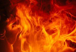 Цех в огне. Пожар на промышленном предприятии в Челябинске