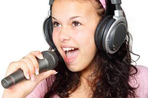 От рока до оперы. Где детей в Челябинске бесплатно учат вокалу