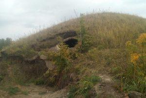 Рядом с кладбищем. Подземные бункеры нашли в лесу под Челябинском