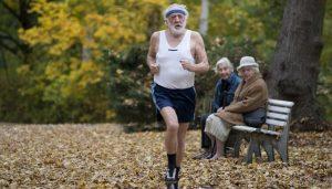 Быстрая ходьба поможет прожить дольше 80-ти