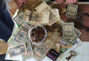 Тряпочный мешочек. Житель Урала нашел клад на 26 млн рублей