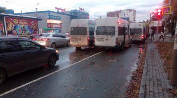 11 челябинцев пострадали в аварии с маршрутками