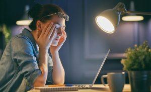 Недосып может привести к проблемам с кишечником
