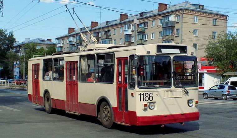 Общественный транспорт в Челябинской области поменяет график