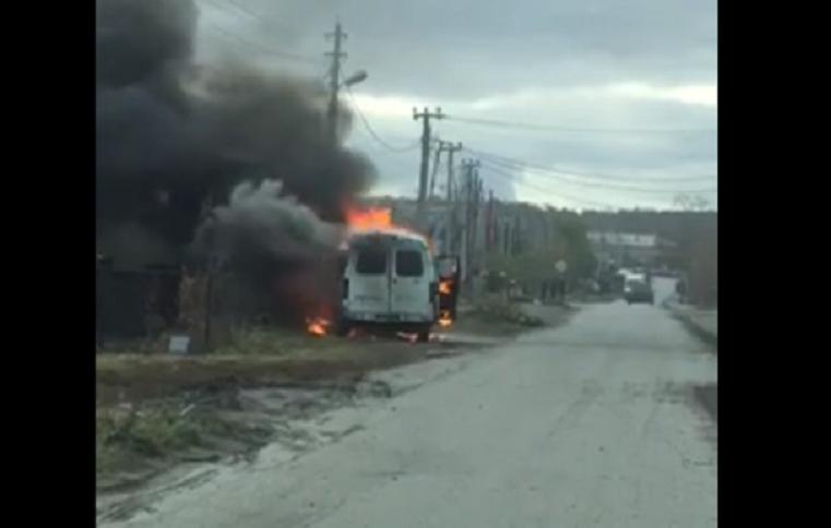 Черное пламя. В Челябинской области полностью выгорела пассажирская ГАЗель