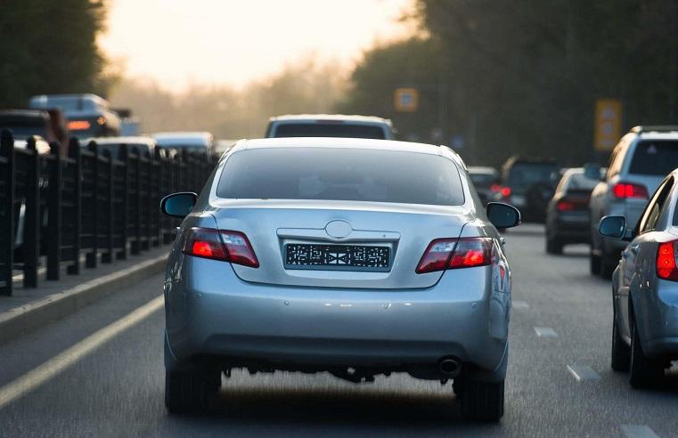 Авто без госномеров запретят ездить в России