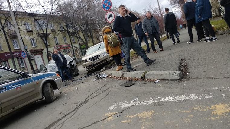 Груда железа из авто. На Урале пешеход чудом избежал смерти в ДТП