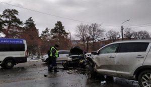 Авария на улице Худякова в Челябинске