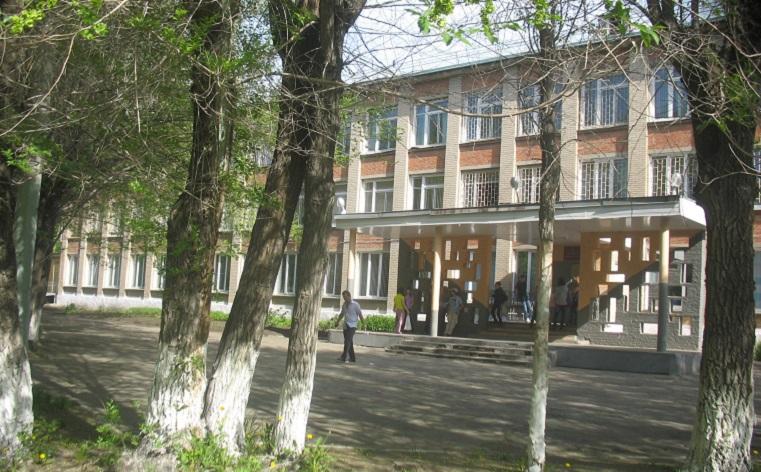 На глазах у детей. Пожилая учительница умерла в Челябинске во время урока