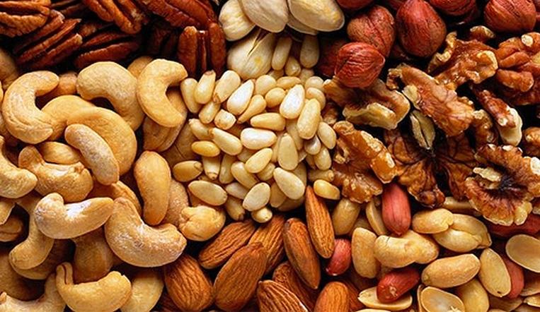Вешайте в граммах. Сколько орехов можно съесть без вреда для здоровья?
