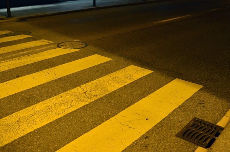 Ищут гонщика. В Челябинске водитель сбил пешехода и скрылся с места ДТПВИДЕО