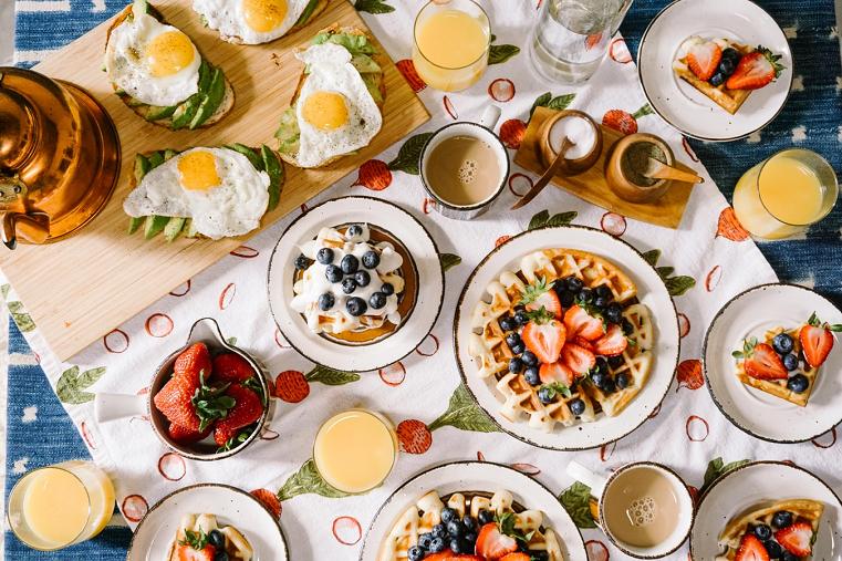 Ученые рассказали о том, какая еда заставляет нас лениться