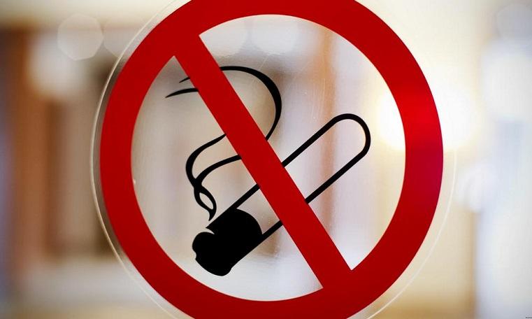 Задымила соседей. Жительницу Челябинской области наказали за курение на балконе