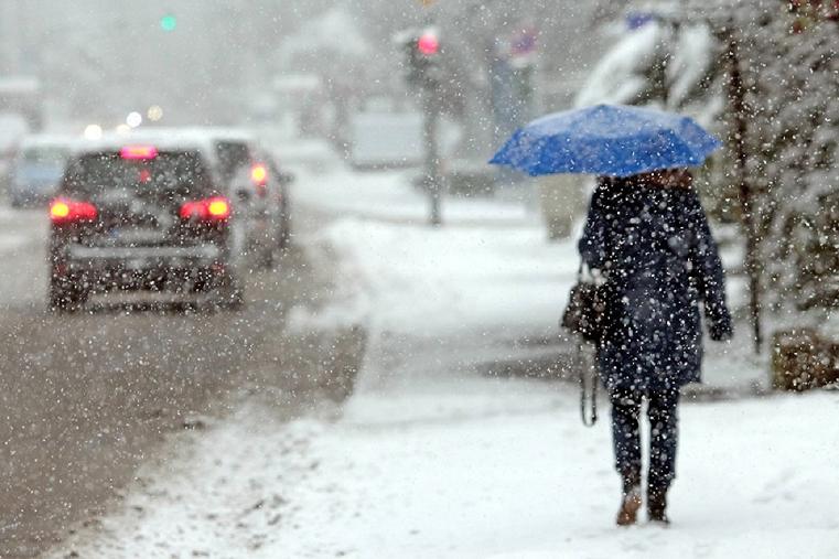 Мощный циклон. Штормовое предупреждение из-за снегопада объявлено на Урале