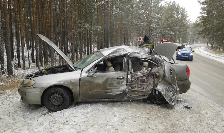 Улетели с дороги. Автоледи и ее пассажиры пострадали в ДТП на Южном Урале