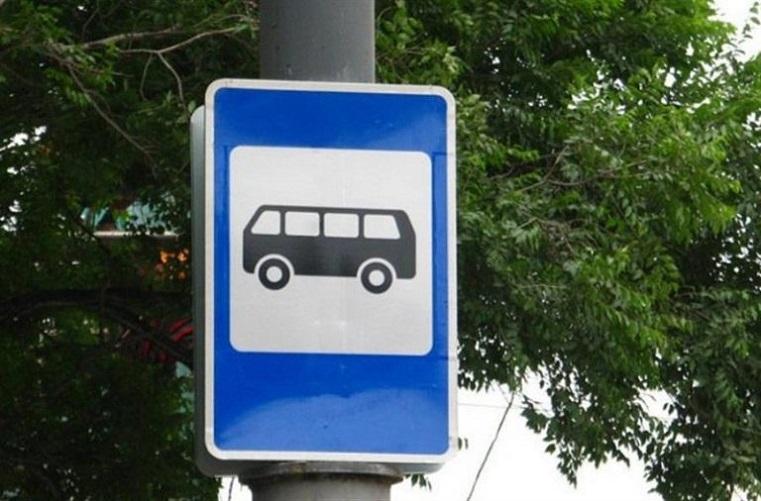 Пешком быстрее будет? Челябинцы часами ждут общественного транспорта
