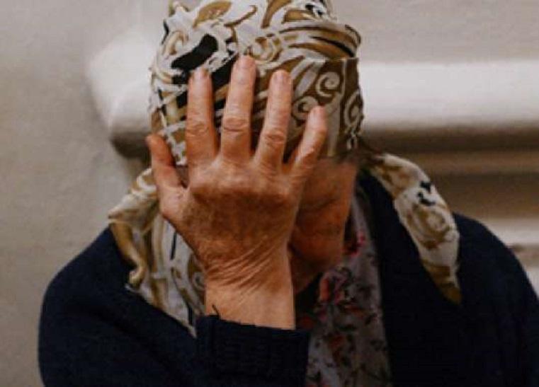 Зек из Челябинской области выманивал деньги у пенсионеров, находясь за решеткой