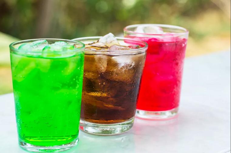 Долой сахар. Газированные напитки в России станут менее сладкими