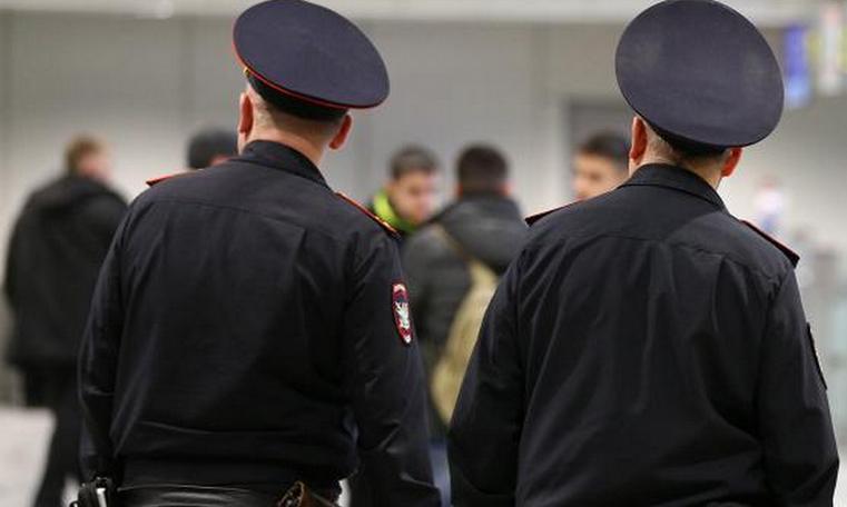 Двоих челябинцев сняли с рейса в аэропорту Кольцово